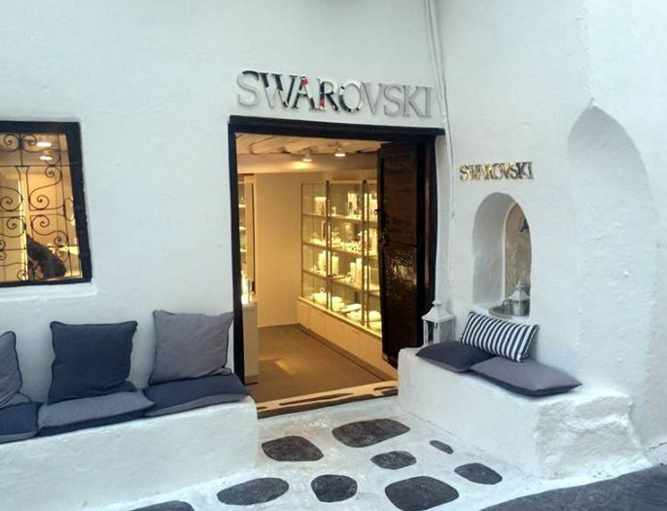 Swarovki Mykonos photo from the boutique's Facebook page
