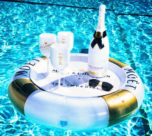 Champagne photo from Facebook page for Makis Place Hotel Mykonos