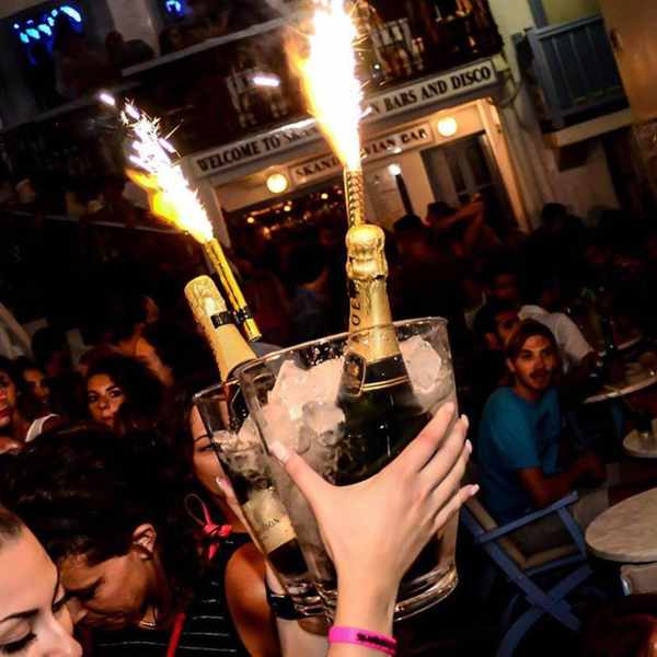 champagne photo from Skandinavian Bar Mykonos Facebook page