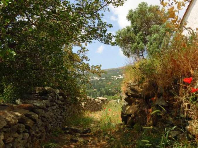 a trail in Stenies
