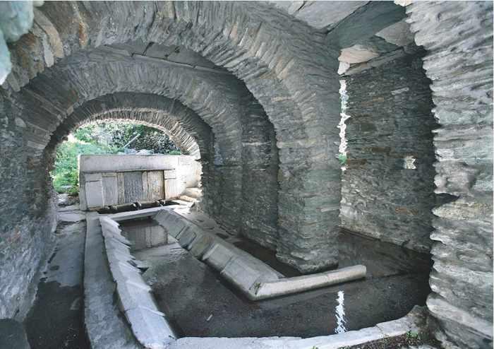 water fountain at Aidonia Andros
