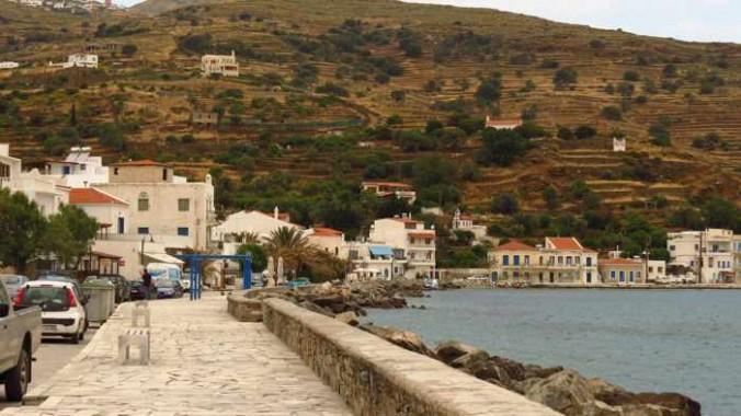 Ormos Korthiou waterfront