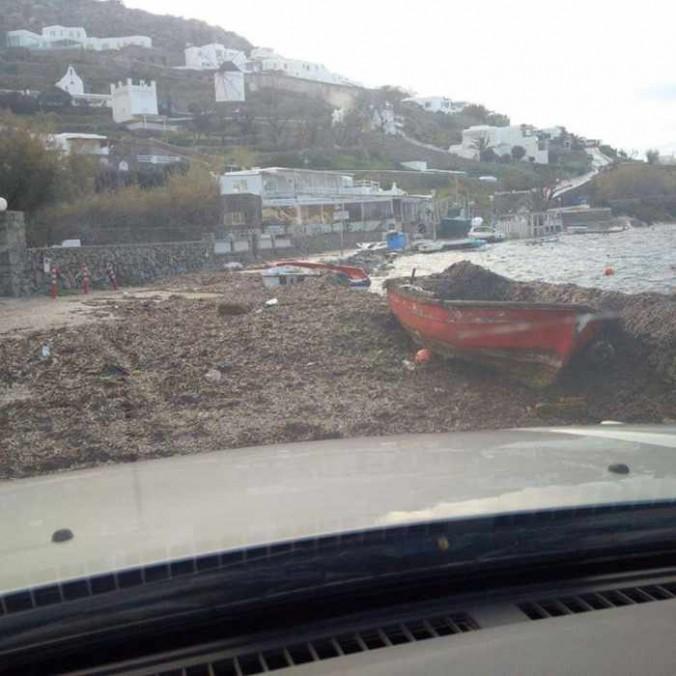 Sikiniotis Lefteris photo of storm damaged seashore at Ornos Mykonos 02