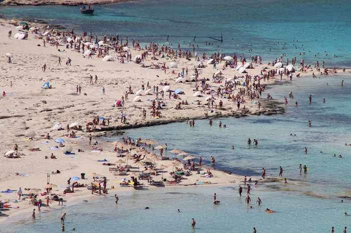 A busy day at Balos photo photo by Giannis Fountoulakis