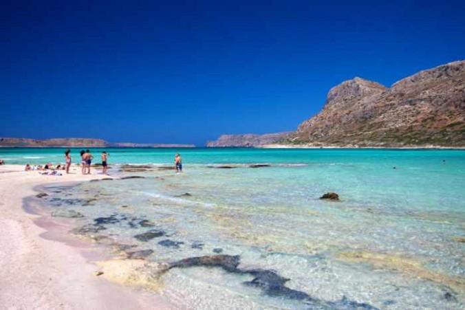 Balos beach pink sand photo from ellada365 website