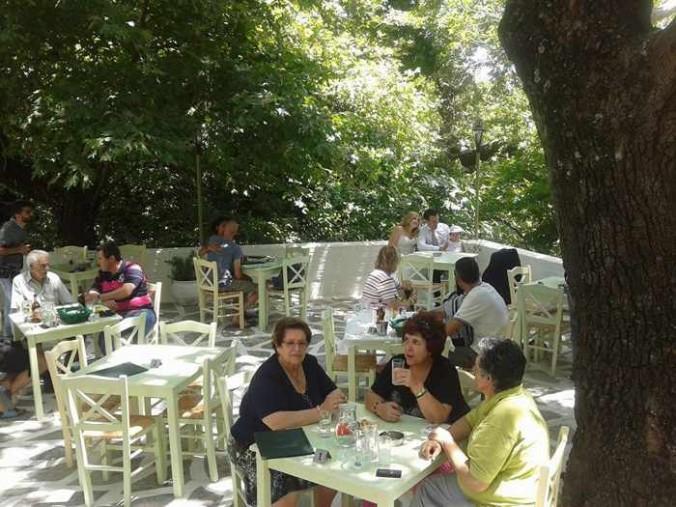 Drosia restaurant Menites