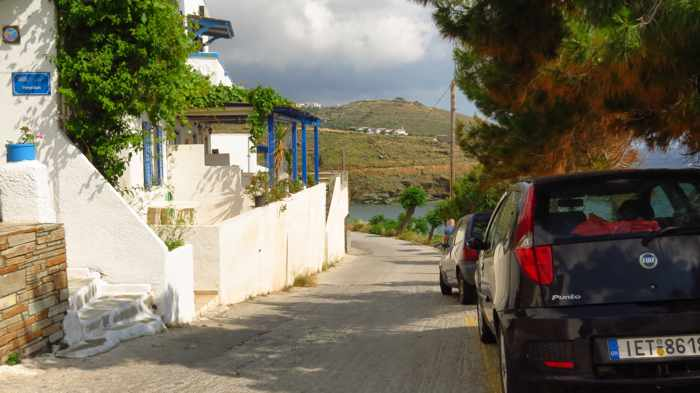the road through Stivari