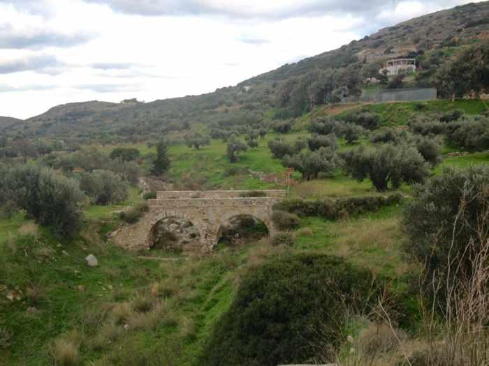 Parosweb photo of hillside at Lefkes village Paros