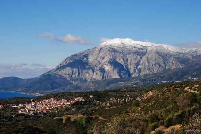 A Samos mountain photo by Manolis Marg