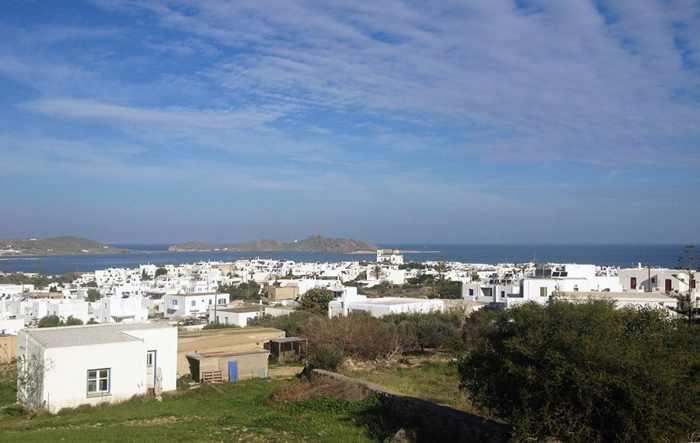 Parosweb photo of Naoussa on Paros