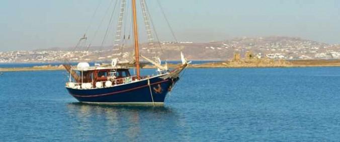 Quarantine of Delos cruise ship at Mykonos