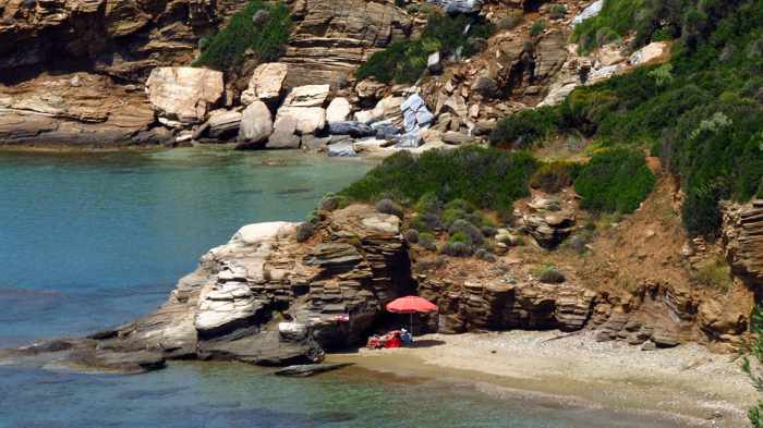 Agios Kiprianos beach on Andros