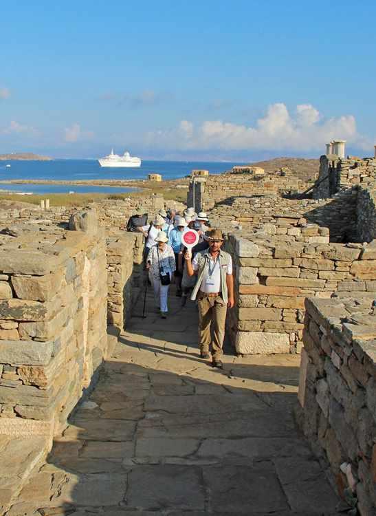 Delos tour guide Antonis Pothitos