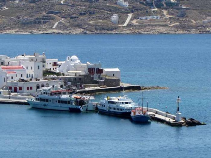 Orca and Delos Express ferries at Mykonos