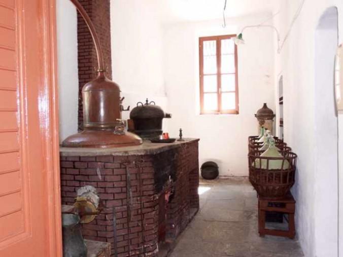 Mike Andrew photo of Kitron distillery at Halki on Naxos