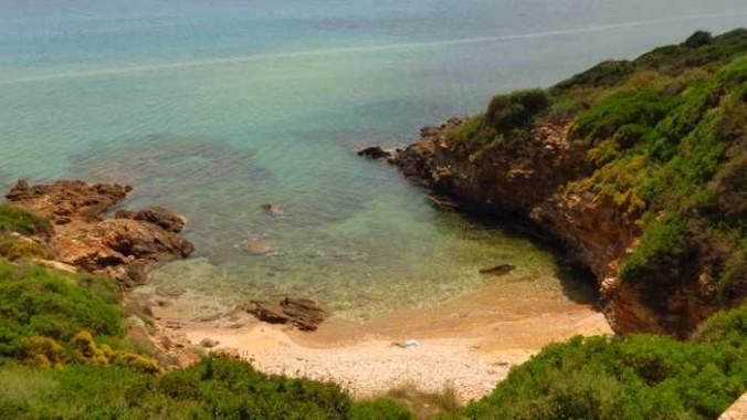 a cove near Kipri beach
