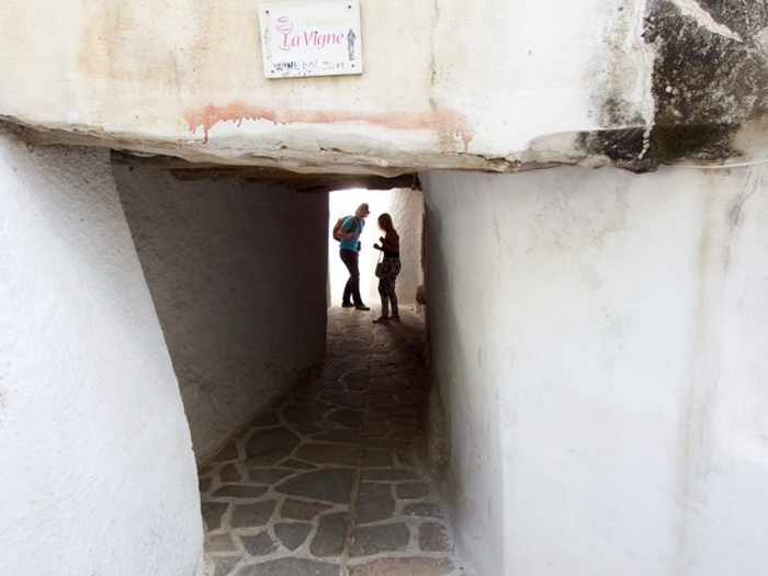 Mike Andrew photo of a passageway in Naxos Town