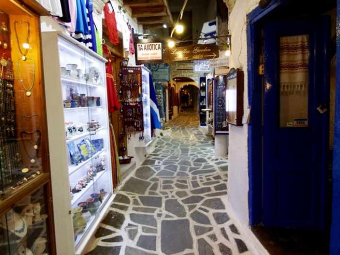 Mike Andrew photo of a lane in Naxos Town