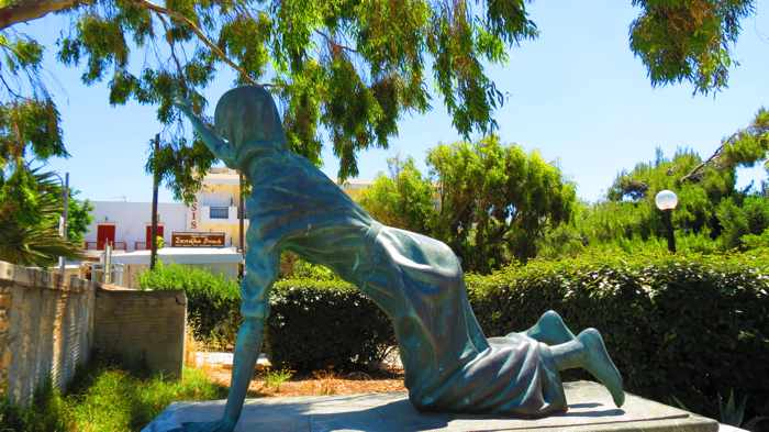 pilgrim sculpture in  Tinos