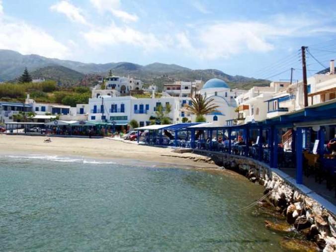 Mike Andrew photo of Apollonas village on Naxos