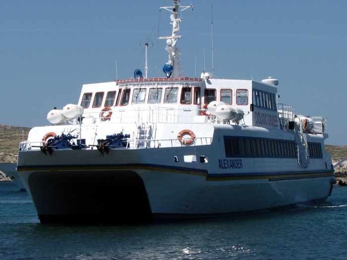 Alexander tour ship