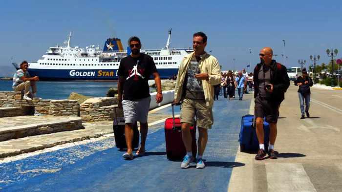 Superferry II passengers at Tinos port