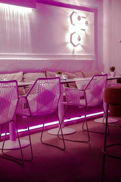 Aperitivo Bar at Bollicine Mykonos concept store photo from its Facebook page