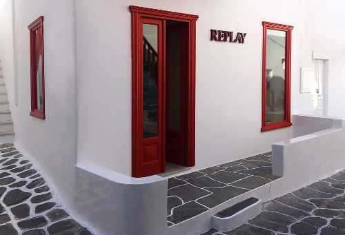 Replay Mykonos retail shop