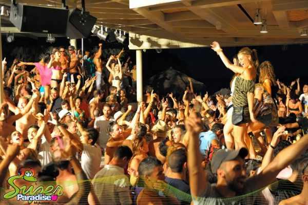Super Paradise beach party on Mykonos