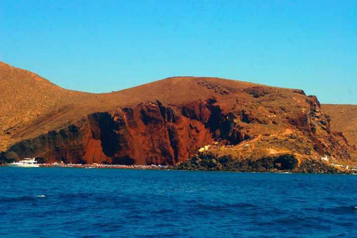 Red Beach Santorini photo by YesSail