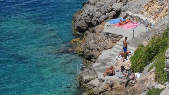 Hydronetta beach on Hydra