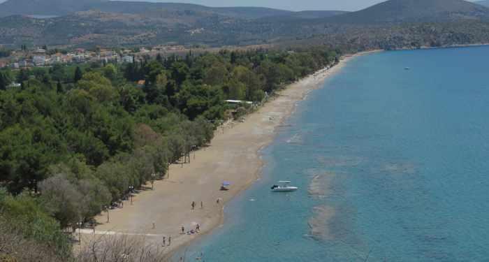 Plaka beach near Tolo