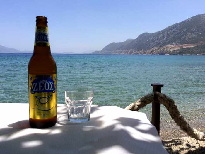 Zeos beer at Mouria taverna