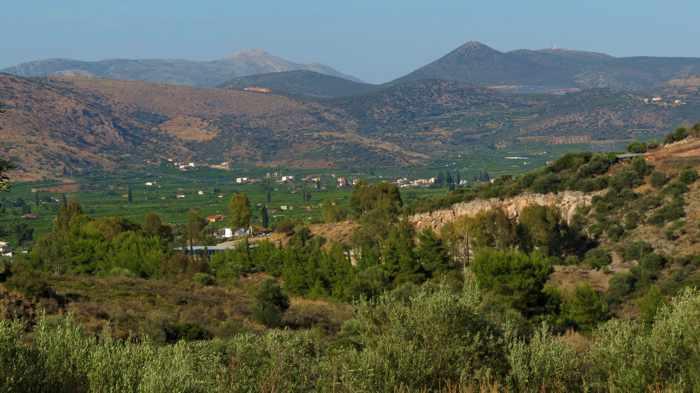 countryside near Tolo