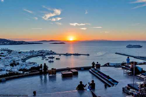 180 degree sunset bar Mykonos 2017