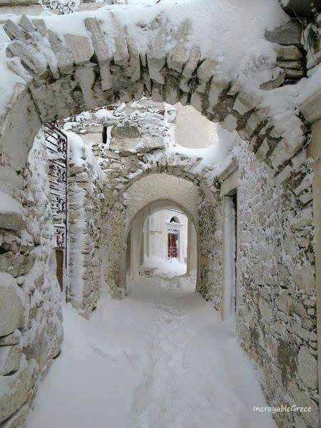 snow on Naxos