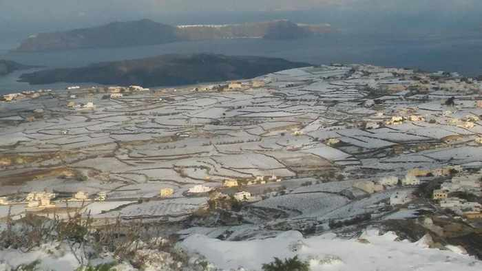 snow on Santorini