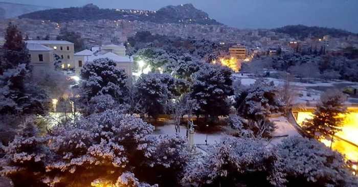 George Nkournélou photo of snow in Central Athens