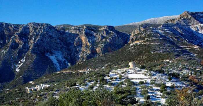 Greece on foot walking tours photo of Ano Tyro village