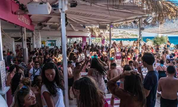 Guapaloca bar Paradise beach Mykonos