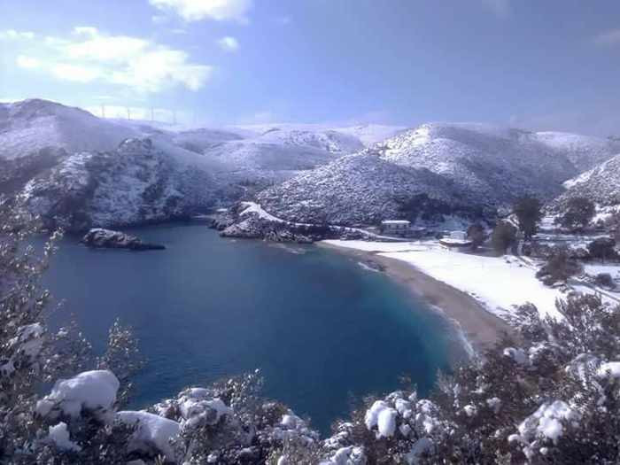 snow at Limniōnas on Evia island
