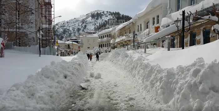 Anatoli Tsa photo of snow in Kymi on Evia island