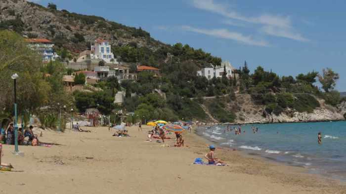 Tolo beach