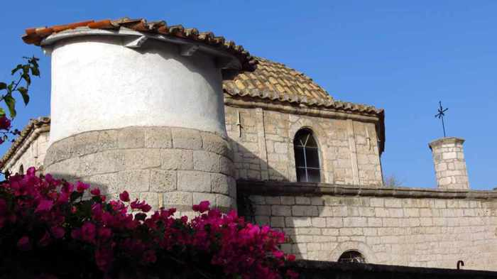 the Catholic church in Nafplio's Old Town