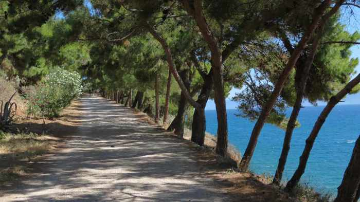 the path from Nafplio to Karathona