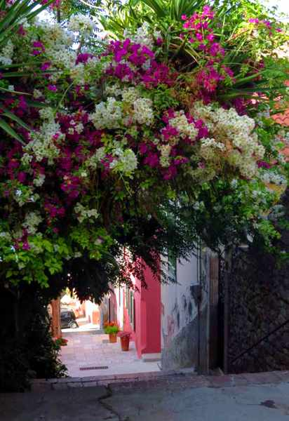 a lane in the Nafplio Old Town