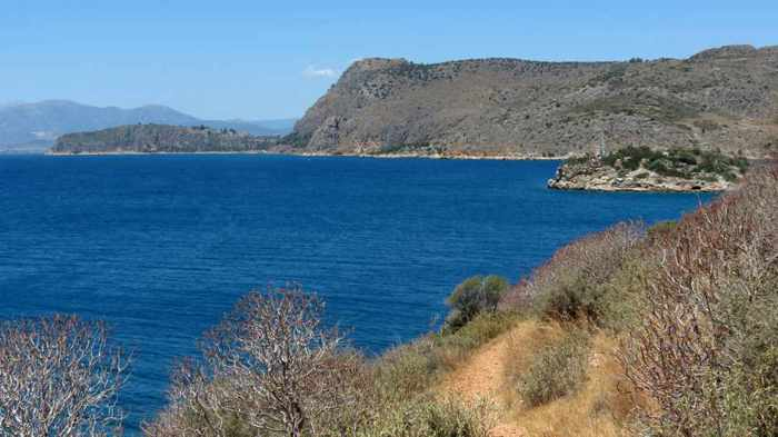 view from the coast south of Karathona