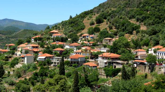 buildings at Mavromati village