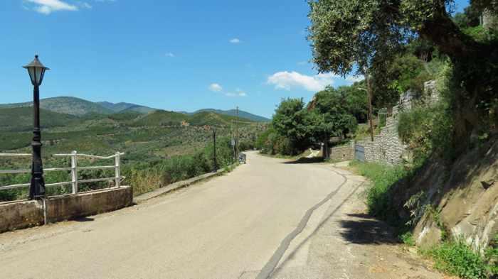 a road in Mavromati