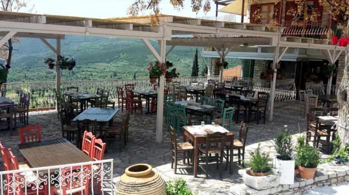 Ithomi restaurant in Mavromati
